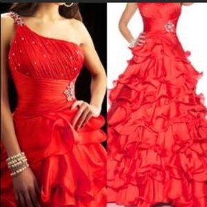 Red prom one shoulder dress MacDuggal sz 0 ❤️